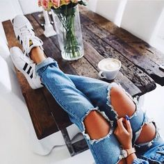 jeans-e-tenis-branco --- TÊNIS + JEANS || STEAL THE LOOK