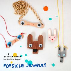 DIY Popsicle stick jewelry by misako mimoko for Handmade Charlotte. Craft Stick Crafts, Diy Craft Projects, Projects For Kids, Diy For Kids, Crafts For Kids, Yarn Crafts, Plate Crafts, Diy Crafts Jewelry, Handmade Crafts