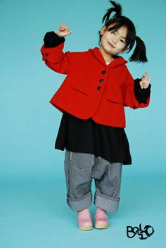 BOdeBO kids fashion WINTER 2010/11 BETTINA JACKET Lined jacket, 3 buttons closure 2 pockets