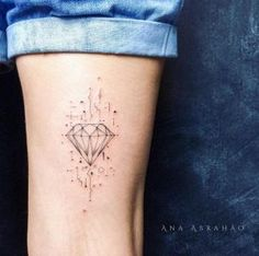 Diamond tattoo by Ana Abrahao