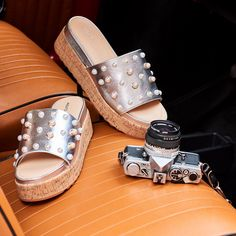 Pearls are the thing this season! Get now silver wedges! Silver Wedges, Retro Summer, Espadrilles, Campaign, Loafers, Platform, Pumps, Pearls, Sandals