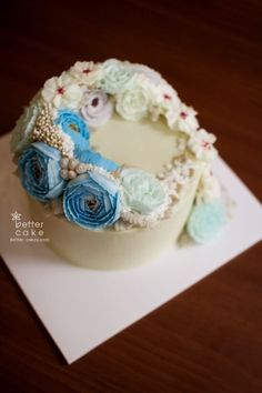 Done by student from HK (베러 심화클래스/Advanced course) www.better-cakes.com  Inquiry…