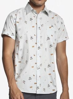 d83aeb19ff4 Star Wars BB-8 Short Sleeve Woven Button-Up! Size Large  fashion