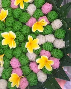 Indonesian Desserts, Indonesian Food, Thai Recipes, Cooking Recipes, Thai Dessert, Traditional Cakes, Food And Drink, Sweets, Snacks