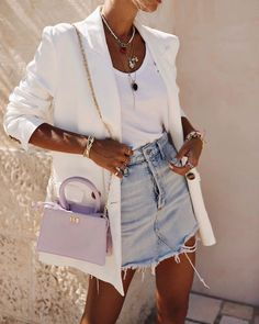 15 Tank Top Outfits You Will Want To Wear All Summer White blazer over white tank top and denim skirt Tank Top Outfits, Denim Skirt Outfits, Denim Skirt Outfit Summer, Summer Blazer, Mode Outfits, Casual Outfits, Fashion Outfits, Fashion Ideas, Tennis Outfits