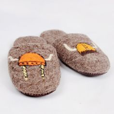 Handmade in Romania. Felted Wool Slippers, Sheep Wool, Romania, Wool Felt, Vikings, Baby Shoes, Thoughts, Leather, Handmade