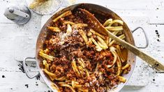 Casarecce with pork and fennel ragu Fennel Recipes, Top Recipes, Heart Healthy Recipes, Vegetarian Recipes, Ragu Recipe, Recipetin Eats, Pork Cutlets, Fennel Salad, Vegetarische Rezepte
