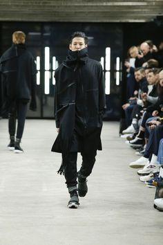 y-3-paris-fashion-week-fw16-3.jpg (675×1013)