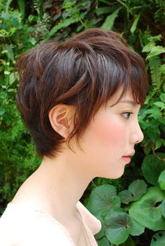So showing this to my mom; her cut is already similar, but I think she wants it tweaked.  It's pretty!