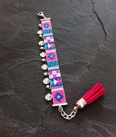 Bracelet Manchette Motif Géométrique par TDFTheDreamFactory sur Etsy, €22.00 Perles de rocailles, Miyuki, seed beads, bead loom.