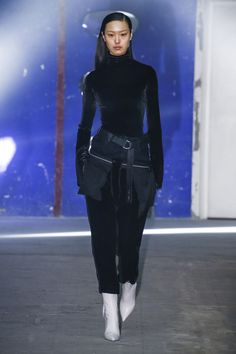 Unravel Autumn/Winter 2018 Ready-To-Wear Collection