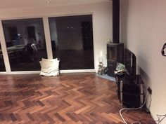 Engineered Wood Flooring, Herringbone, 18/4mm x 90mm, Walnut