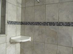 9-view-of-triangular-shampoo-try-at-wall-tiles.jpg