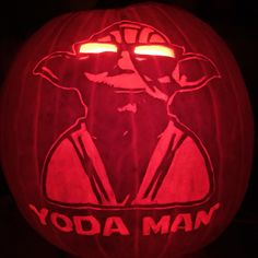 'Yoda Man' pattern by Stoneykins. Carved on a real pumpkin by WynterSolstice. 2015.