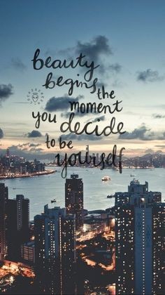 Looking for for inspiration for background?Navigate here for aesthetic background ideas. These unique background pictures will bring you joy. Cute Quotes, Happy Quotes, Positive Quotes, Motivational Quotes, Phone Wallpaper Quotes, Quote Backgrounds, Iphone Wallpaper, Phone Quotes, Wallpaper Amor