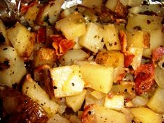 Grilled Jalapeno Potatoes with Bacon. Yum! Memorial Weekend Grill Food