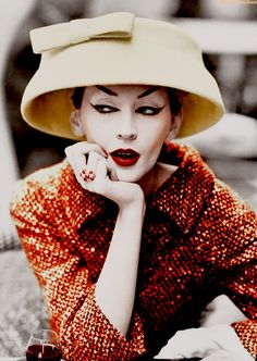 Довима, культовая модель изысканных 50-х./Dovima , cult model of exquisite 50th .