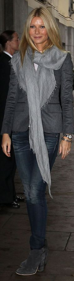 What to Wear on a Plane: jeans, blazer, pashmina  Gwyneth Paltrow