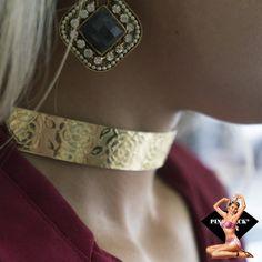 Não sou hipócrita, não dá pra fingir que não sou sexy. Aline Moraes #pinchbeck #acessórios #brinco #collar #coleira #atena #aregradojogo #giovannaantonelli #sexy #ousada
