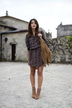 dress: Lollys Laundry – Girissima (here) (au/w 13-14) wedges: Zara (old) bag: Suiteblanco (old) watch: Michael Kors (here) bracelet: Tous – ...