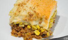 Vous ne connaissez pas le pâté mexicain? Un incontournable à ajouter à votre carnet! Ground Beef Dishes, Chili Recipes, Lasagna, Macaroni And Cheese, Dinner, Ethnic Recipes, Ajouter, Ketchup, Chili Food