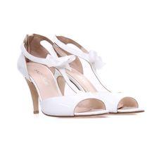 2bcc00b3a05 SAGIAKOS White Patent Leather Bridal High-heeled Sandals. Γυναικεία λευκά  νυφικά πέδιλα λουστρίνι.