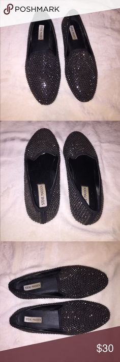 Steve Madden Loafers ✨ Size 9 ✨ Steve Madden Loafers ✨ Size 9 ✨ Super cute and sparkly shoes! Some studs missing on the edges. Steve Madden Shoes Flats & Loafers