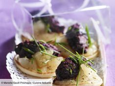 Discover our easy and quick recipe of Miniblinis with black pudding on Cuisi # Dishes meatTurkey # # # chickens fish grill # by MeilleuresRecettes Cheers, Black Pudding, Quick Easy Meals, Food Dishes, Brunch, Appetizers, Food And Drink, Yummy Food, Snacks