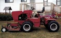 "4-WD Articulated ""Mower Tractor"""