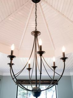 Chandelier from Fixer Upper for entryway - All For Decoration Entryway Chandelier, Entryway Lighting, Bronze Chandelier, Dining Room Lighting, Bedroom Lighting, Dining Room Chandeliers, Dining Room Light Fixtures, Iron Chandeliers, Bedroom Ceiling