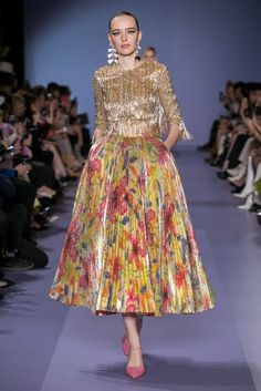 Georges Hobeika Spring Summer 2020 Haute Couture fashion show at Paris Couture Week (January Spring Couture, Couture Week, Haute Couture Fashion, Catwalk Fashion, Fashion 2020, Fashion Show, Punk Fashion, Lolita Fashion, Live Fashion