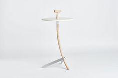 Le designer Reinier de Jong que vous croisez régulièrement sur hebdoblog à travers ses créations a présenté Stilst, une nouvelle marque de design et surtout une nouvelle collection. On vous invite…