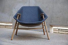 Andrew le fauteuil enveloppant par le Studio Black Navy by Vincent Blog Esprit Design, via Behance