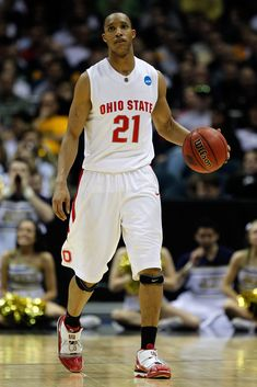 Ohio State's basketball program is deep with history and tradition. The Buckeyes have seen many players go on to join the NBA ranks after claiming Big Ten titles. Basketball Shooting, College Basketball, Basketball Players, Basketball Hoop, Ohio State College, Ohio State Buckeyes, Jerry Lucas, Jim Jackson, Mike Conley