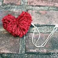 How to Create Heart Shaped Pom Poms...»