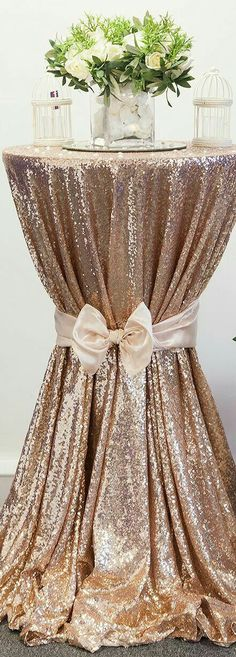 21 Trendy Wedding Decorations Blush And Gold Sequin Tablecloth Wedding Bells, Gold Wedding, Wedding Table, Wedding Reception, Dream Wedding, Wedding Day, Wedding Cakes, Luxury Wedding, Sparkle Wedding