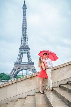 Dreamy Paris Engagement. Photo by The Paris Photographer.