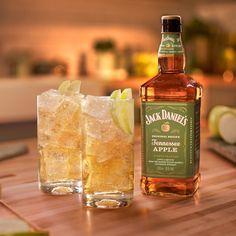 Tennessee, Liqueur, Jack Daniels Whiskey, Cocktails, Drinks, Original Recipe, Whiskey Bottle, Apple, Recipes