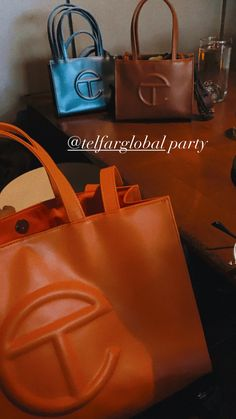 Womens Designer Bags, Luxury Bags, Black Girl Magic, Purses And Handbags, Dior, Jewelry Accessories, Edgy Nails, Fashion Jewelry, Orange Brown