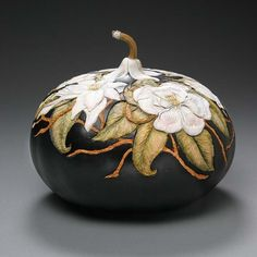 Beautiful piece—amazing workmanship—gourd art, by Utah-based artist & sculptor Marilyn Sunderland❣ marilynsunderlandstudio.com