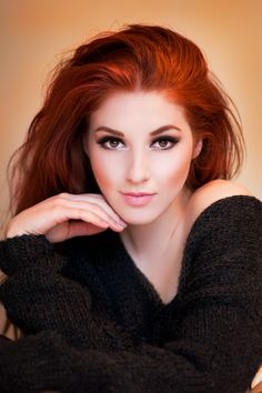 Hair + makeup combo! As a natural ginger I find makeup really difficult but I think I could manage something like this