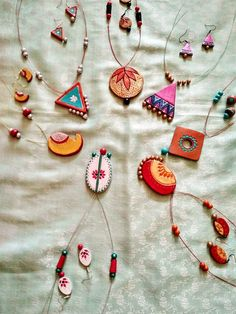 46 ideas for wood diy jewelry polymer clay Terracotta Jewellery Making, Terracotta Jewellery Designs, Terracotta Earrings, Resin Jewelry Making, Polymer Clay Jewelry, Diy Fabric Jewellery, Funky Jewelry, Jewelry Crafts, Teracotta Jewellery