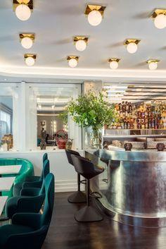 Ресторан Bronte от дизайнеров студии Design Research Studio во главе с Tom Dixon расположился в Лондоне, Великобритания с видом на Трафальгарскую площадь