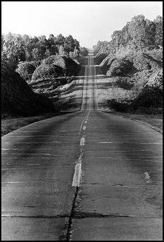 The Road to Yazoo City, 1963.  © Danny Lyon, New York & Magnum Photos, New York / Courtesy Edwynn Houk Gallery, New York