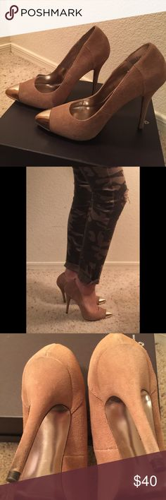 Steve Madden nude suede heels - size 7 Steve Madden gold metal tip, nude suede heels in size 7. Some scratches on the tip but not noticeable when wearing. Heels also have some wear but towards the tip of the heel. Steve Madden Shoes Heels