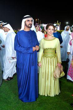 His Highness Sheikh Mohammed bin Rashid Al Maktoum and Her Royal Highness Princess Haya bint Al Hussein Arab Men Fashion, Royal Fashion, White Fashion, Royal Prince, Prince And Princess, Prinz Carl Philip, Princess Haya, Jordan Royal Family, Royal Family Pictures