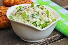 Na přípravu budete potřebovat:   1 kedluben  1 jarní cibulka  100g šunky  pažitka  1 cottage  1PL majonézy nebo tatarky  sůl a pepř   Po... Potato Salad, Salad Recipes, Potatoes, Vegetables, Ethnic Recipes, Vegetable Salads, Dna, Food, Vegetable Recipes