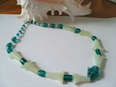 Turquiose and white fish glass necklace