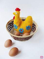 Ravelry: Crochet Easter Hen Egg Cozy pattern by Little things Blogged