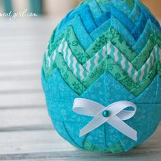 blue-green-quilted-easter-egg